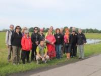 Жители Испании посетили деревню Пустошь Приморского района